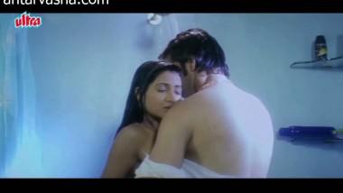 Hot bathroom scene from a bollywood movie