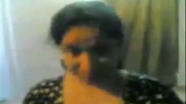 Desi Bhabhi In Night Dress