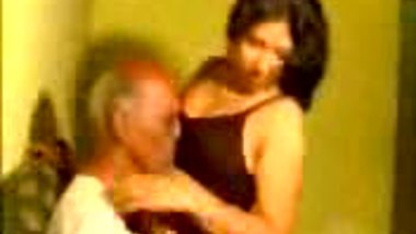 Old Guy Enjoying Hot Indian Babe