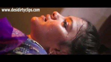 Mallu aunty hot smooch and bedroom scene in porn movies