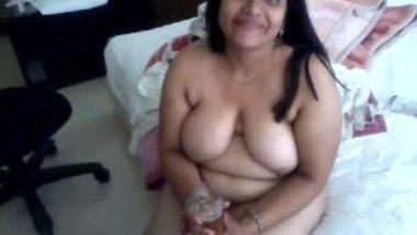 Neemani Desi Babe Big Tits