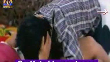 Indian hubby seducing a mallu anuty