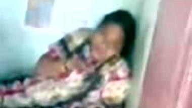 Unsatisfied mallu aunty
