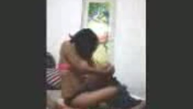 Fsiblog – Desi college kudi first time in lover's flat