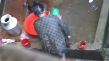 Bhabhi Bathing Outside