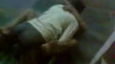 Andhra Bhabi Sex With Lover At Home