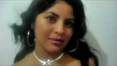 Cute Desi Girl Nude Show At Home