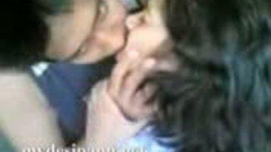 Bangla Couple Hot Kiss Scandal
