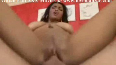 Indian College Girl Loves To Make Hole