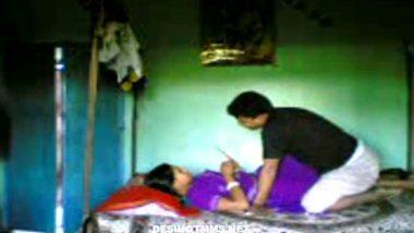 Chennai housewife having affair with plumber