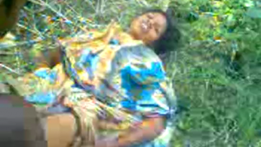 Forest adivasi man fucks mature lady