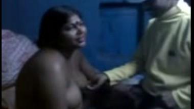 Big boobs Tamil aunty satisfying customer on bed