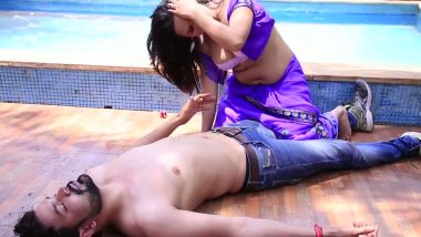 Bollywood masala – removing blouse & smooching