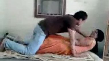 Punjabi couple record mms during foreplay