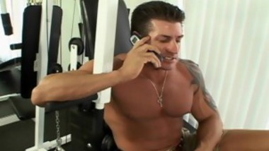 Big Booty Latina Sophia Castello Gets Pussy Workout