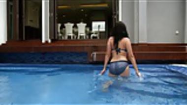 Evelyn Sharma Bikini Big Ass