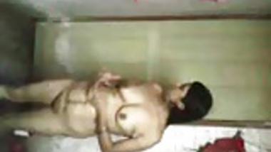 desi bhabhi bath for bf