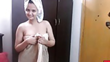 indian amateur horny wife sonia after shower hardcore sex