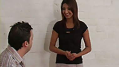 UK Desi likes getting spanked