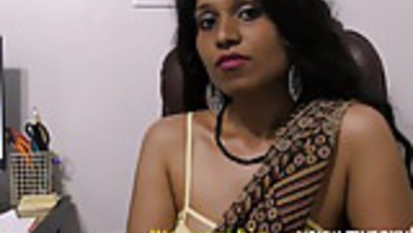 Amazing Indian Pornstar Babe Lily Dirty Sex Chat In Tamil