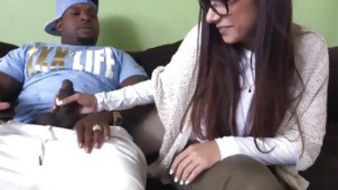 Muslim anal Mia Khalifa Tries A Big Black Dick