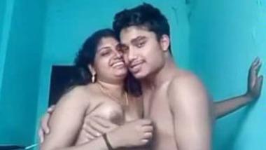 Tamil big boobs aunty xxxvidio mms clip