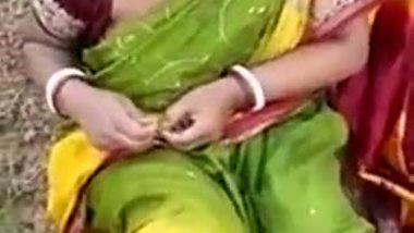 Indian outdoor blowjob sex videos bengali aunty