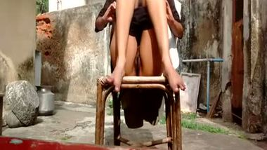 Indian hot teen exposing her body in the village