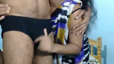 Desi sexy bhabhi having sex MMS