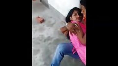 Desi lover kissing and rubbing passionately neighbour girl