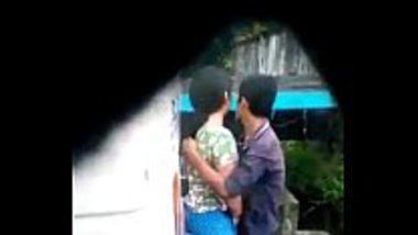 Desi outdoor sex of a hot Tibet girl