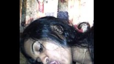 Hot blowjob by a sexy desi wife
