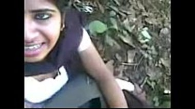 Tamil hot school girl sucking a dick in the forest