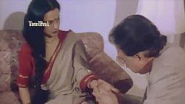 Rekha Mom HOME ALONE 2