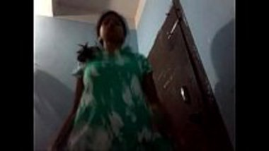 Hot Mallu teen changing her clothes