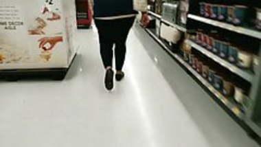 Big ass Indian Walmart employee