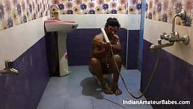 Indian wife fuck with friend absence of her husband in show