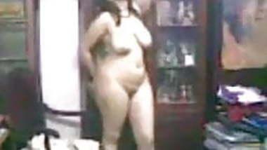 Indian busty wife Shivani dancing nude PART 2