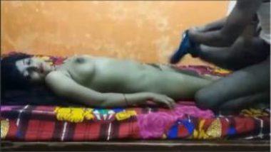 Desi Porn Actress Flaunting Her Body