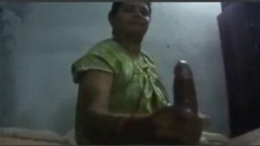 Telugu Aunty Giving Hot Oiled Dick Massage