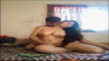 Extremely Hot Bangla Desi Couple Fucking Video