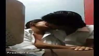 Indian college couple hot romance in the Cabin