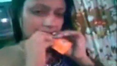 Orissa sexy teen topless make over mms