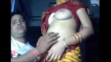 Indian Amuter Sexy couple love flaunting their sex life - Wowmoyback