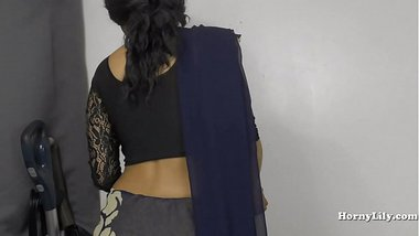 Horny Indian girl pees for her brother in law roleplay in Hindi