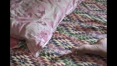 Desi housewife boobs