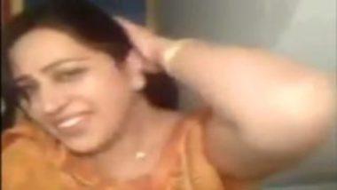 Punjaban aunty with big boobs sucking penis