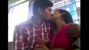 Desi gf bf smooch kissing