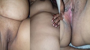 Cheating busty housewife's mature fat pussy show