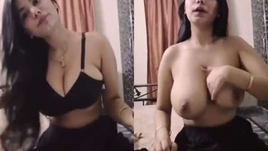 Hot Desi GF goes topless in a live video call